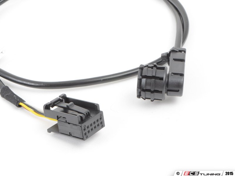 699250_x800 genuine mercedes benz 2114404633 auxiliary input wiring harness  at panicattacktreatment.co
