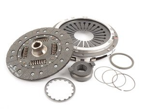 ES#2708076 - K7028401 - Clutch Kit - Includes clutch disc, pressure plate, and release bearing - Sachs - Porsche