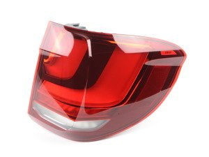 ES#2698548 - 63217290104 - Outer Tail Light - Right - Don't let a missing or damaged tail light ruin the look of your car - Genuine BMW - BMW