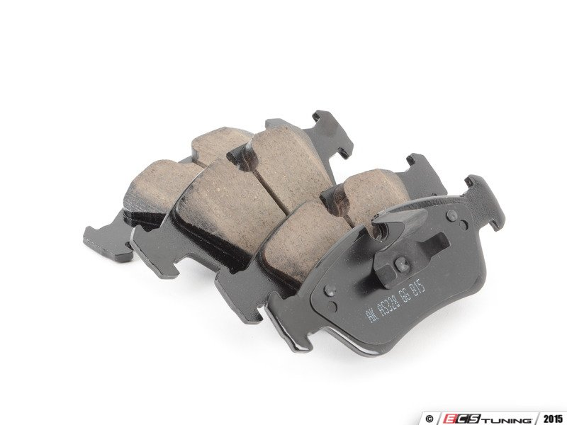 ECS News - Akebono Euro Ceramic Brake Pads | BMW E46 3 Series