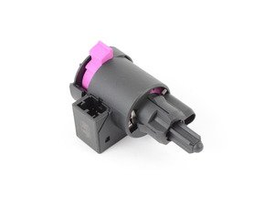 ES#2815885 - 4F0945459B - Brake Light Switch - Located on the brake pedal assembly - Hamburg Tech - Audi