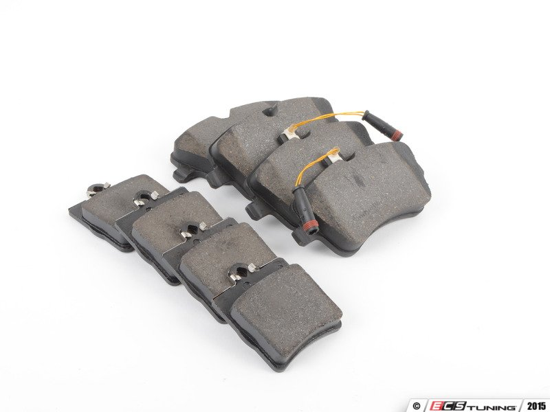ecs news mercedes benz w203 c class brake pad service kits. Black Bedroom Furniture Sets. Home Design Ideas