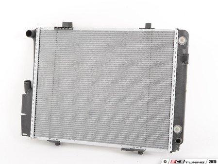 ES#2862630 - 2015006403 - Radiator - Behr - Mercedes Benz