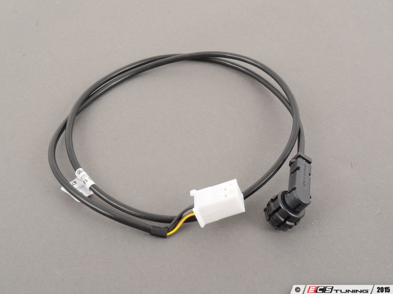 757132_x800 genuine mercedes benz 2034401808 auxiliary input wiring harness Car Radio Wiring Harness Diagram at crackthecode.co