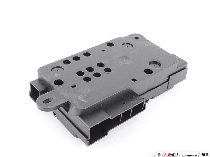 genuine volkswagen audi 8p0937548 main fuse box battery es 458574 8p0937548 main fuse box battery overload protection this fuse