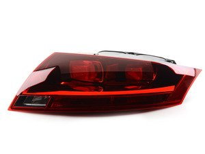 ES#2568877 - 8J0945096E - Tail Light - Black - Right - Keep the clean look of your exterior - ULO - Audi