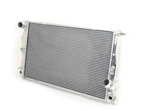 ES#2992649 - 7046 - High Performance Aluminum Radiator - Featuring an all-aluminum tank and core plus OE-style quick connects. Lower engine temperatures mean more power and longer life of engine components! - CSF - BMW