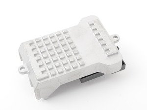 ES#2897785 - 2308210251 - Blower Motor Resistor - Controls the operation of the HVAC blower motor - Vemo - Mercedes Benz