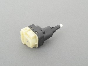 ES#2992313 - 7L6945511 - Brake Light Switch - Located behind the brake pedal assembly - Meyle - Audi Volkswagen