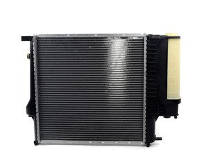 ES#3023870 - 17111728907 - Radiator With Expansion Tank - Keep your engine running cool when the temperature rises - Mahle-Behr - BMW