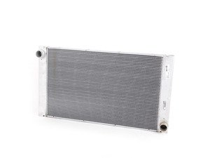 ES#3023886 - 17117795879 - Radiator - Keep your cool with a new radiator - Mahle-Behr - BMW