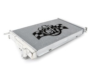ES#2992648 - 7045 - High Performance Aluminum Radiator - Featuring an all-aluminum tank and core plus OE-style quick connects. Lower engine temperatures mean more power and longer life of engine components! - CSF - BMW