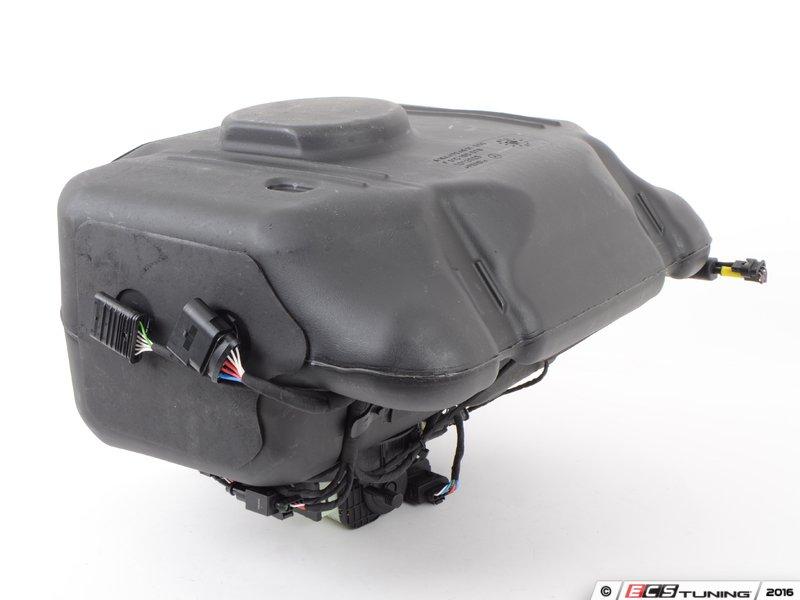 Genuine mercedes benz 1644707601 fuel additive tank for Mercedes benz diesel oil