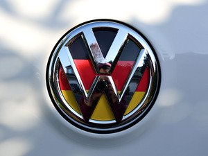 ES#3096462 - K1RE12 - Rear Badge Inlay - German Flag - 1-piece full circle badge inlay that requires removal of the badge for installation - Klii Motorwerkes - Volkswagen