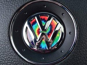 ES#3096598 - K3SW4 - Steering Wheel Badge Inlay - Tie-Dye - 5-piece badge inlay set for your steering wheel emblem - Klii Motorwerkes - Volkswagen