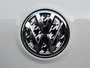 ES#3096606 - K4RE12 - Rear Badge Inlay - Houndstooth - 1-piece full circle badge inlay that requires removal of the badge for installation - Klii Motorwerkes - Volkswagen