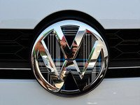ES#3102263 - K14FR17 - Front Badge Inlay - MK7 TDI Plaid - 5-piece badge inlay set that can be applied without removing the badge - Klii Motorwerkes - Volkswagen