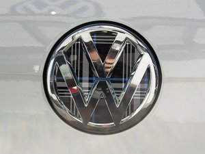 ES#3102267 - K14RE12 - Rear Badge Inlay - MK7 TDI Plaid - 1-piece full circle badge inlay that requires removal of the badge for installation - Klii Motorwerkes - Volkswagen