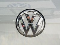 ES#3096531 - K26RE12 - Rear Badge Inlay - Pure White - 1-piece full circle badge inlay that requires removal of the badge for installation - Klii Motorwerkes - Volkswagen