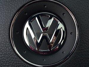 ES#3096554 - K32SW4 - Steering Wheel Badge Inlay - Carbon Steel Gray Metallic - 5-piece badge inlay set for your steering wheel emblem - Klii Motorwerkes - Volkswagen