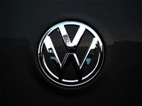 ES#3096557 - K34RE12 - Rear Badge Inlay - Deep Black Pearl - 1-piece full circle badge inlay that requires removal of the badge for installation - Klii Motorwerkes - Volkswagen