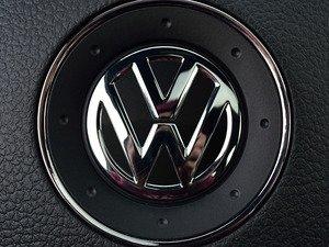 ES#3096560 - K34SW15 - Steering Wheel Badge Inlay - Deep Black Pearl - 5-piece badge inlay set for your steering wheel emblem - Klii Motorwerkes - Volkswagen