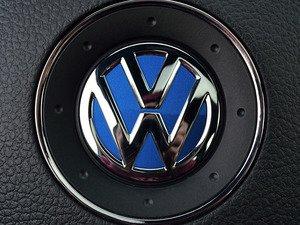 ES#3096575 - K37SW4 - Steering Wheel Badge Inlay - Rising Blue Metallic - 5-piece badge inlay set for your steering wheel emblem - Klii Motorwerkes - Volkswagen