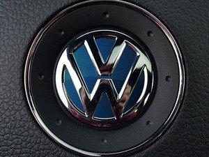 ES#3096582 - K39SW4 - Steering Wheel Badge Inlay - Shadow Blue Metallic - 5-piece badge inlay set for your steering wheel emblem - Klii Motorwerkes - Volkswagen