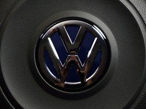 ES#3102333 - K40SW4 - Steering Wheel Badge Inlay - Night Blue Metallic - 5-piece badge inlay set for your steering wheel emblem - Klii Motorwerkes - Volkswagen