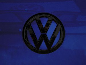 ES#3102341 - K46RE12 - Rear Badge Inlay - Lapiz Blue Metallic - 1-piece full circle badge inlay that requires removal of the badge for installation - Klii Motorwerkes - Volkswagen