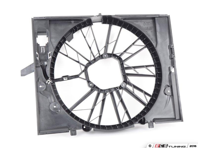 Genuine bmw 17427514560 fan shroud 17 42 7 514 560 es39101 17427514560 fan shroud surrounds the fan to help draw air sciox Choice Image
