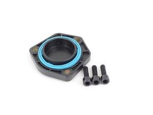 ES#2878254 - 03G103707 - Oil Level Sensor Cover Kit - Includes sensor hole cover, gasket, and retaining hardware - Vaico - Audi Volkswagen