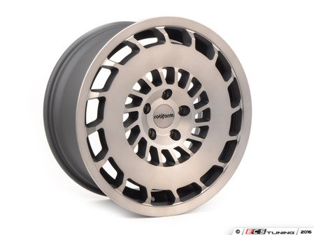 "ES#3098021 - R13618854345R - 18"" CCV - Priced Each - Right (Only one available) - 18x8.5 ET45 5x112 66.6CB - Rotiform -"