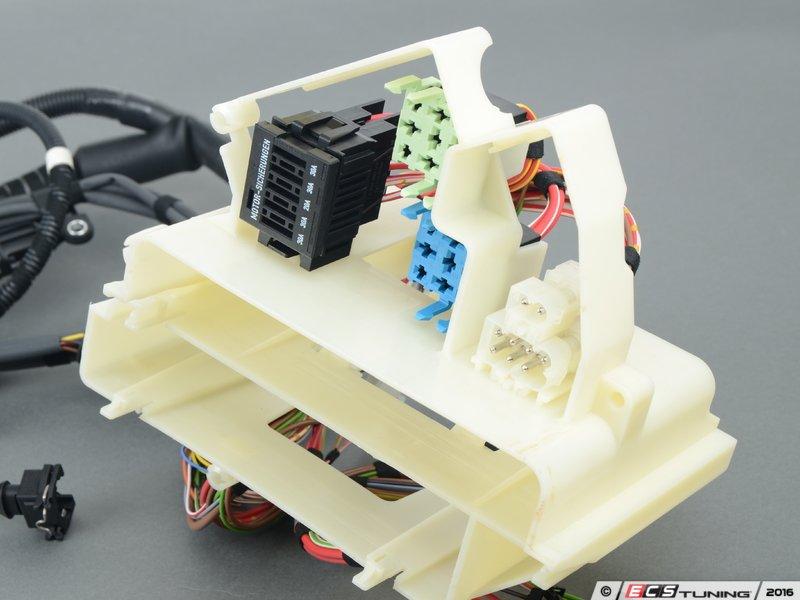 genuine bmw transmission wiring harness es 31079 12517831756 transmission wiring harness connects the the transmission solenoids