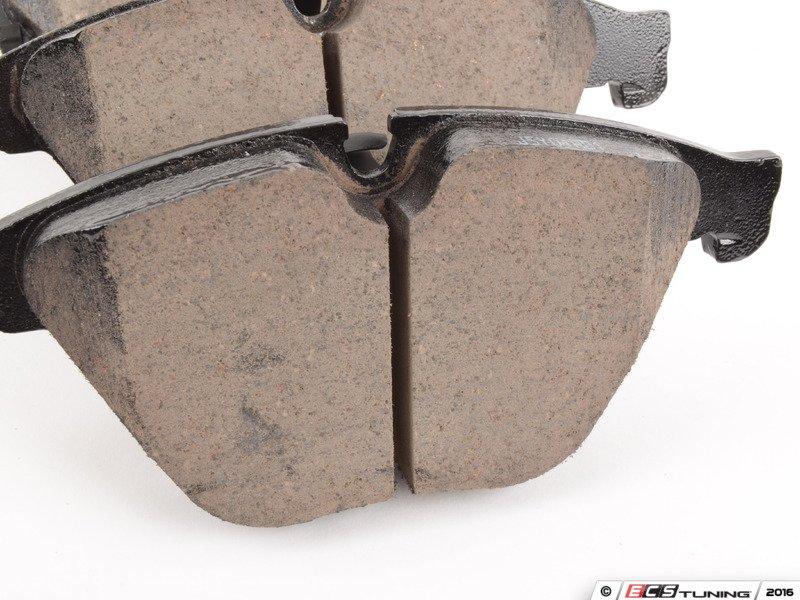 Akebono 34116850885 Front Euro Ceramic Brake Pad Set