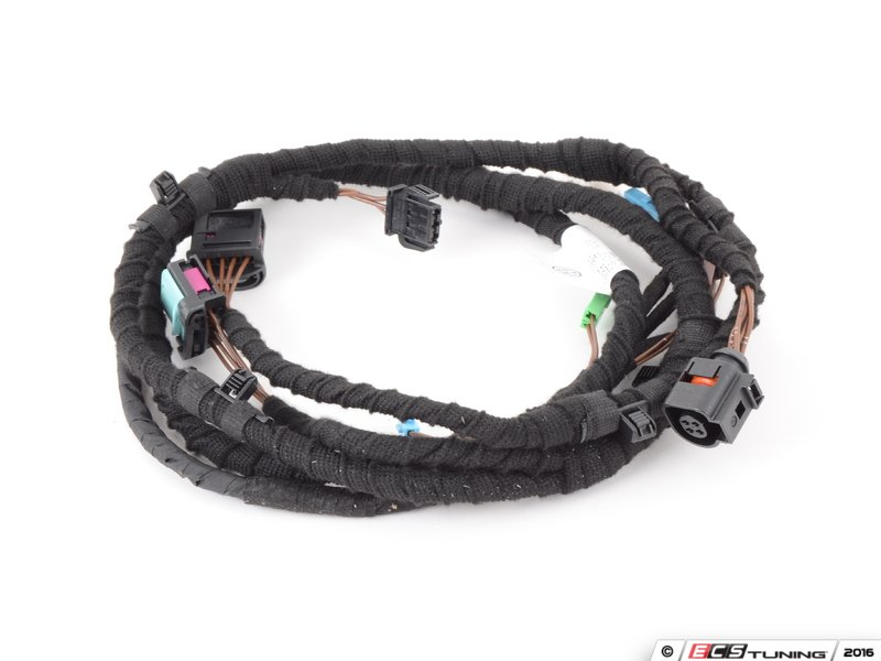 843573_x800 genuine volkswagen audi 3c8971182f trunk wiring harness (3c8 2010 vw cc trunk wire harness routing at soozxer.org