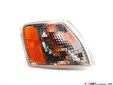 ES#10955 - 3B0953042D - Turn Signal Assembly - Clear/Amber - Right corner marker for B5 (pre-facelift) Passat models - Genera - Volkswagen