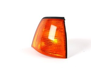 ES#173624 - 63138353280 - Front Turn Signal Assembly - Right - Amber turn signal assembly - Genuine BMW - BMW