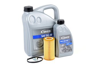 ES#3141773 - 2.5LECOKT -  Economy Oil Service Kit - Only the essentials to perform an oil service. Includes German Made Vaico oil that meets VW 502.00 & 505.00 standards - Assembled By ECS - Volkswagen