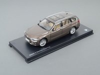 ES#2912447 - 80432244243 - 1:18 BMW 3-Series Touring Scale Model - Orion Silver - A perfect addition to any enthusiast's die-cast collection - Genuine BMW - BMW