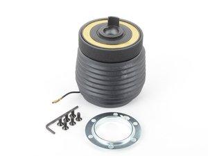 ES#3135762 - 7004 - MOMO Steering Wheel Hub Adapter - Street - Install a MOMO steering wheel in your Porsche - MOMO - Porsche