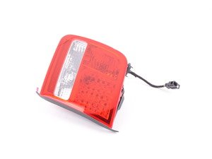 ES#3146588 - 4E0945094K - Inner Tail Light - Right - Bring your exterior look back to life - ULO - Audi