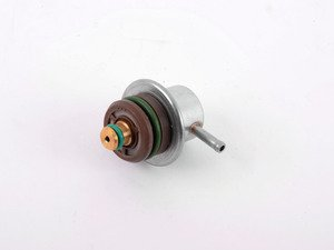 ES#3143062 - 037133035C - Fuel Pressure Regulator - Mounted on the fuel rail - 037133035C - OSSCA - Audi Volkswagen