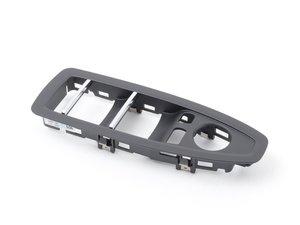 ES#2998288 - 51417403896 - Driver Side Window Switch Cover - Schwarz  - Trim that sits on top of window switch - Genuine BMW - BMW