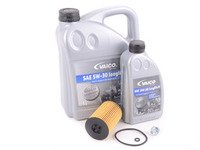 ES#3142242 - CVCAECOKT -  Economy Oil Service Kit - Includes Genuine oil filter and Vaico 5w-30 oil - Assembled By ECS - Audi Volkswagen