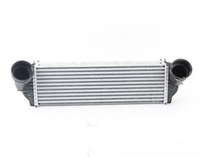 ES#3032405 - 17517805150 - Charge-air Cooler 17517805150 - Hella -
