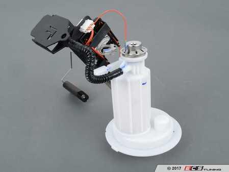 ES#3234510 - 16117373514 - Fuel Filter - Does include fuel level sensor - Bosch - BMW