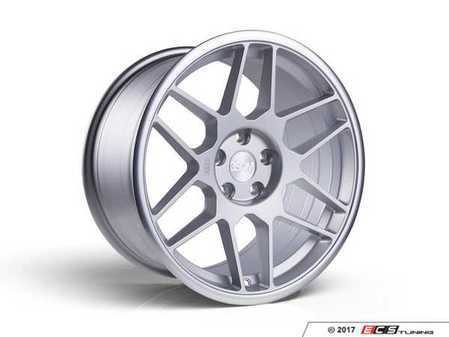 "ES#3437394 - 5060530680559KT1 - 18"" 0.09 - Set Of Four - 18x9.5 ET40 5x112 - Matte Silver / Polished Lip - 3SDM - Audi"