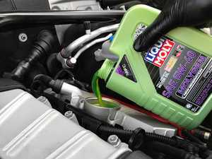 ES#3439033 - molygenKT6 - Liqui Moly MolyGen - Premium Oil Service Kit - Includes Hengst oil filter and Liqui Moly 5w-40 oil with MolyGen technology - Assembled By ECS - Audi