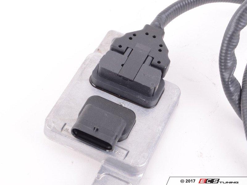 genuine volkswagen audi 03l907807af nox sensor with. Black Bedroom Furniture Sets. Home Design Ideas